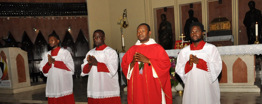 Rev. Fr. Chris Nnamani, OP (Novena Preacher) and some Knights